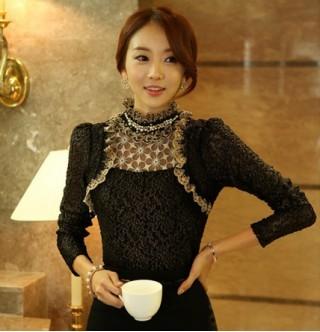 Kore Giyim Dantelli Vintage Gömlek